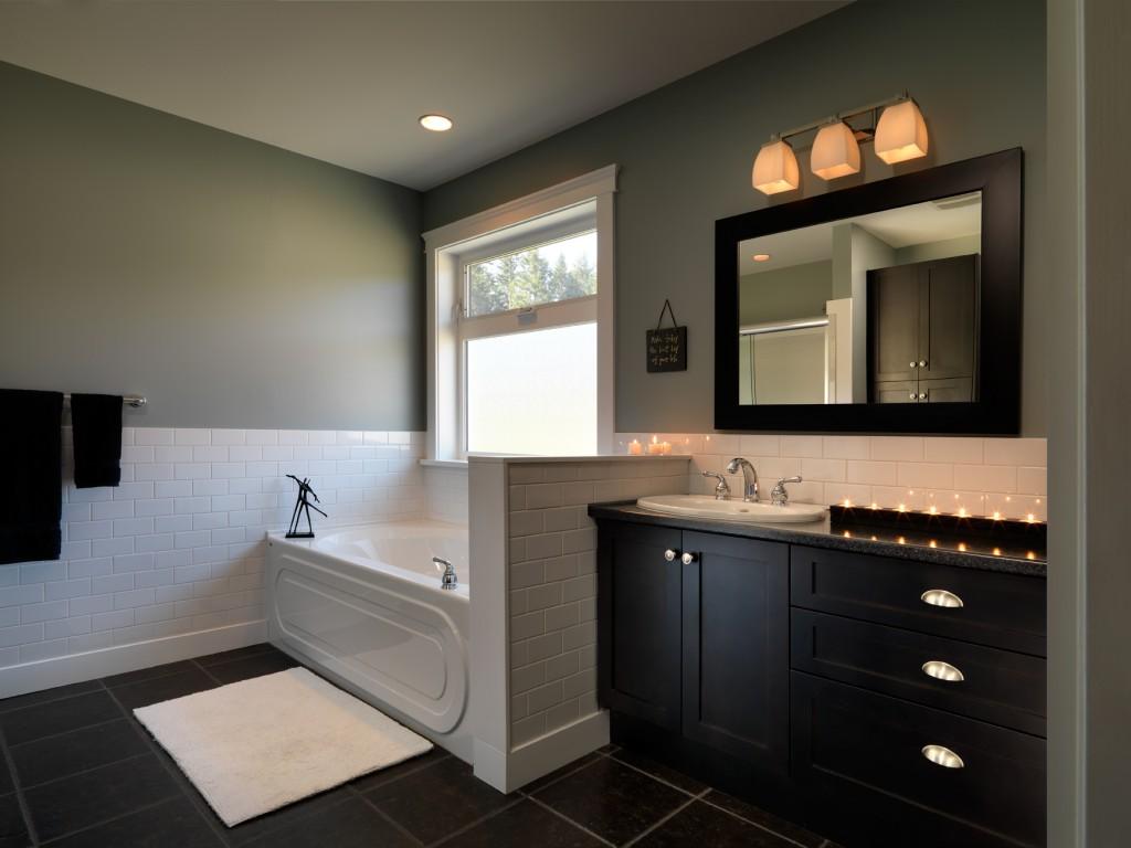 Nugget-Master-Bathroom